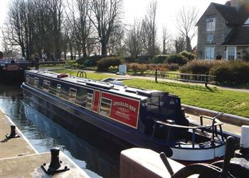 Boating holidays on Lacewing (BH2361) from Trevor, Llangollen