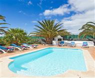 Exclusive villas on Lanzarote from Oliver's Travels