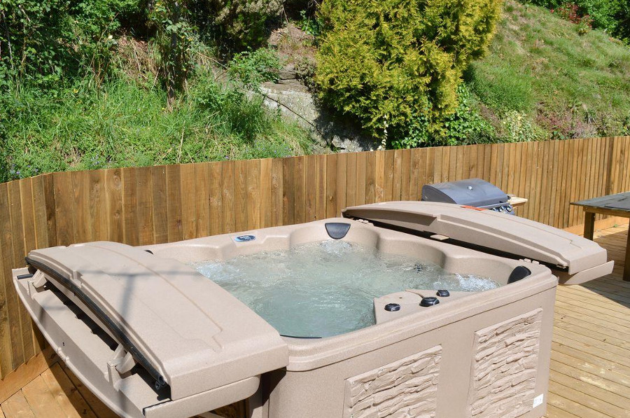 Relax in the hot tub, outside Burrills View near Craven Arms