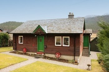 Caberfeidh Cottage in Strathconon, Ross-Shire