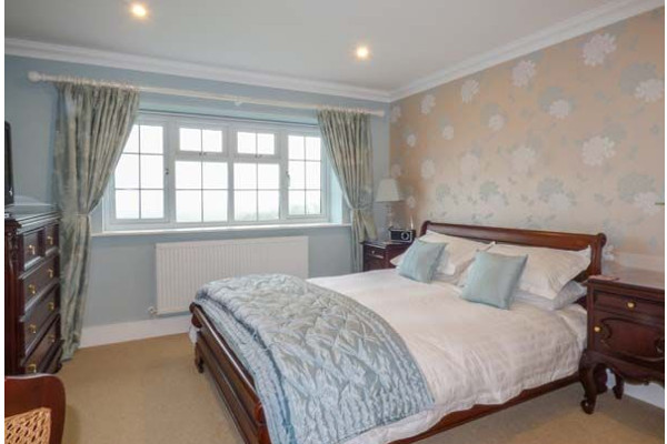 One of the 6 bedrooms at Chy An Huder in Cury, near Lizard Point
