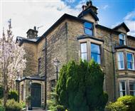 Compton Guest House in Peak District National Park