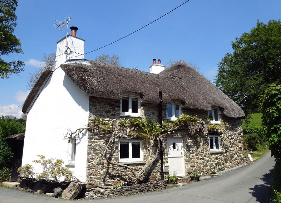 Cullaford Cottage in Combe, Devon