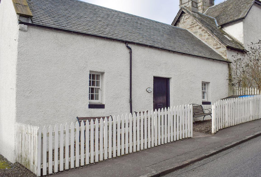 Deuchars Cottage in Kenmore, Perthshire