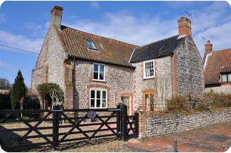 Flaxmans Farmhouse in Roughton, Norfolk