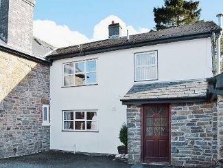 Holly Farm Cottage in Llandrindod Wells, Brecon Beacons