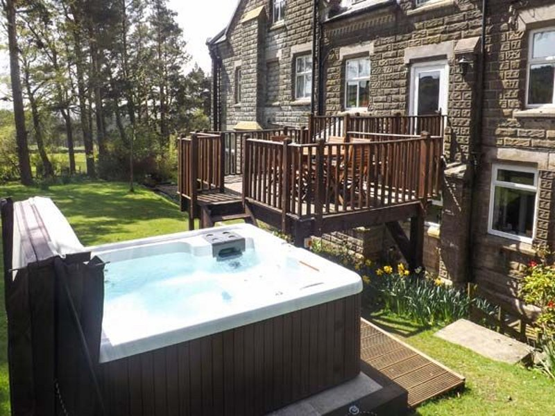 Take in the views whilst laying in your hot tub