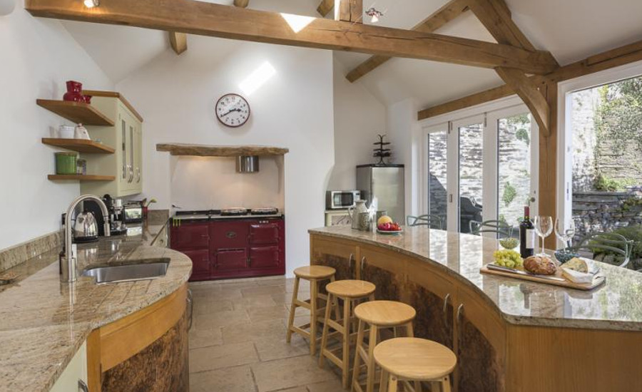 Lower Easton Farmhouse has a beamed kitchen