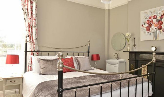 One of the bedrooms - there are 3 double and 2 twin - at Mariners House
