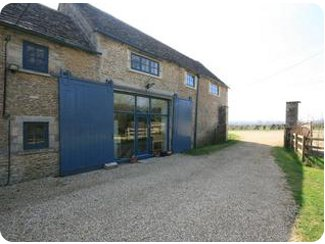 Parkleaze Barn in Cirencester, Gloucestershire