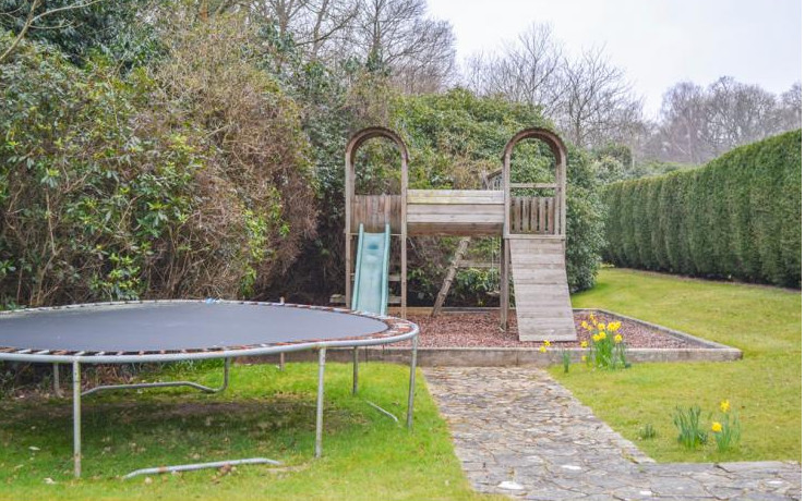 Children's play area at Peanswood Country Manor in East Sussex