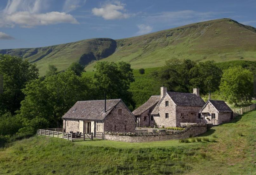 The House in the Hills has a quiet setting, just outside Hay-on-Wye, in the Brecon Beacons National Park