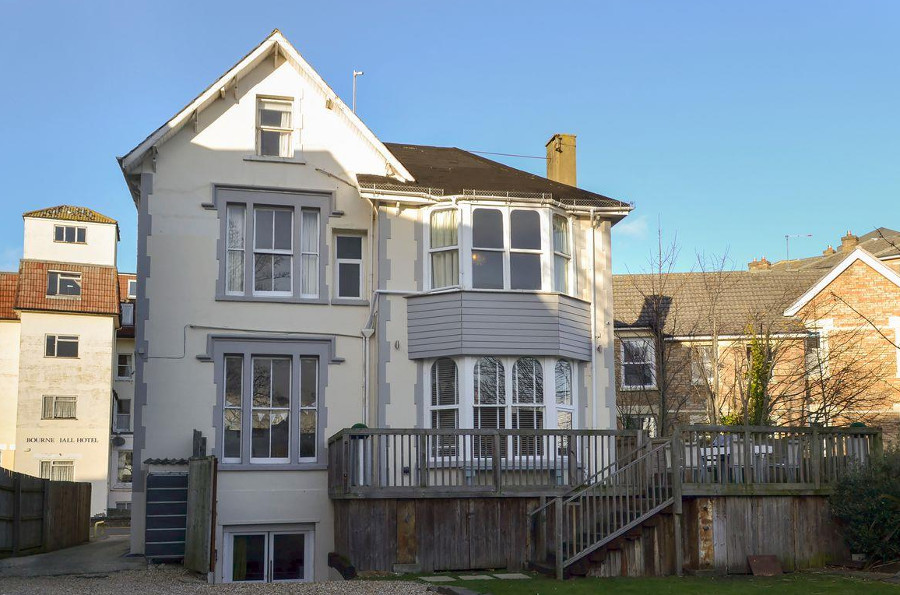 Yellowstones Beach House in Bournemouth, Dorset