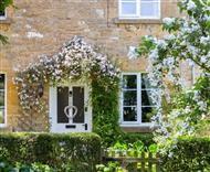 Yew Tree Cottage in Cotswolds
