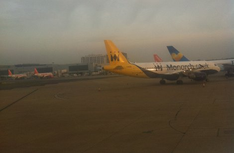 Monarch Airlines - Gatwick