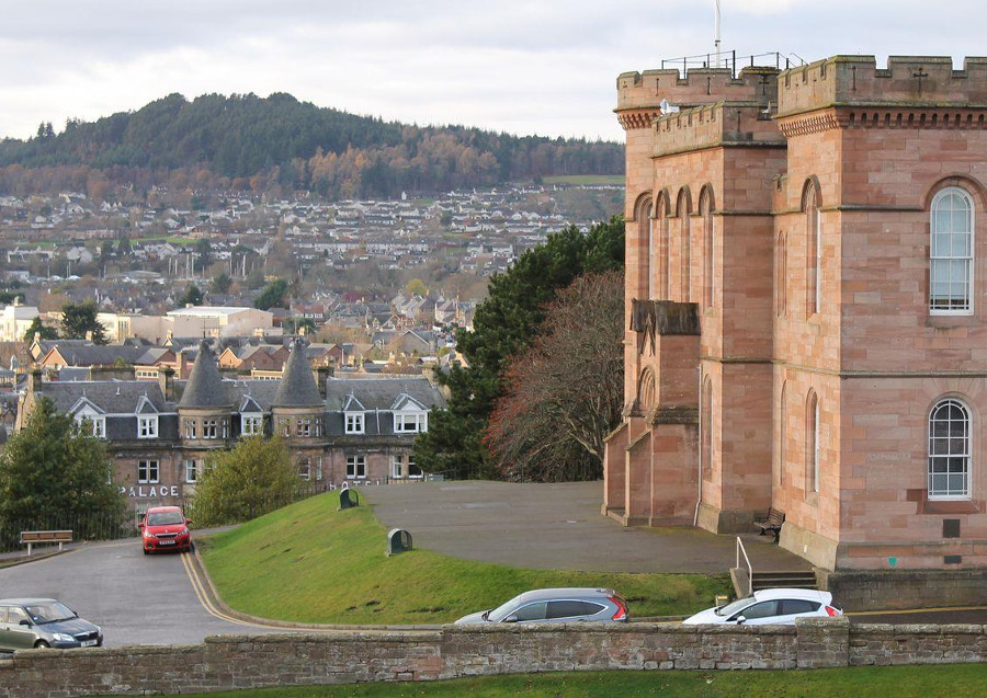 Ardconnel Court Apartments has a lovely position in Inverness