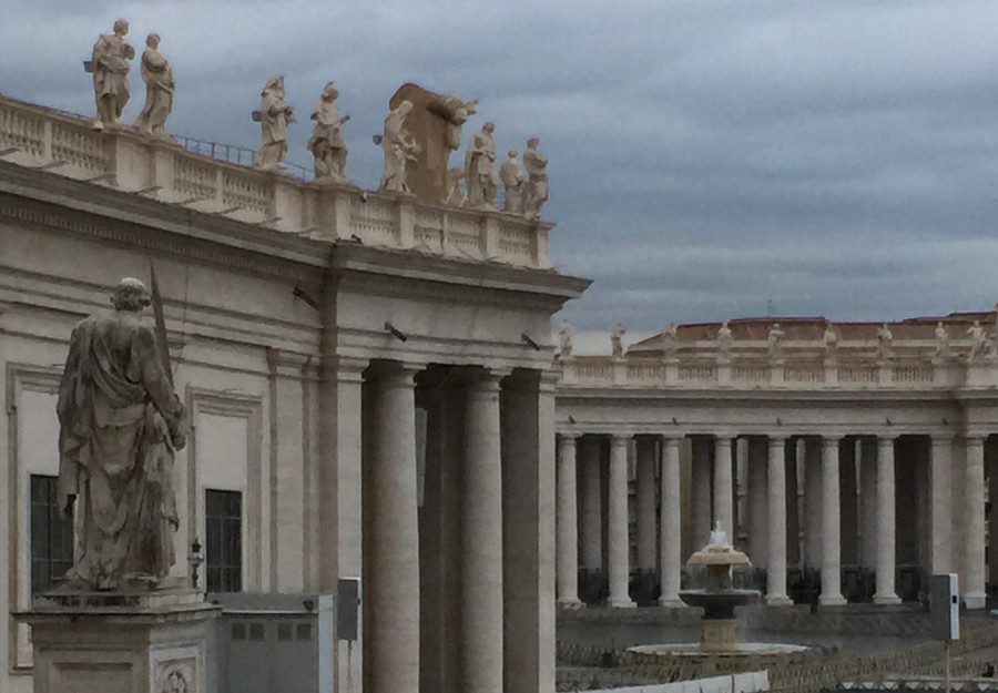 St Peters Basilica is just round the corner from RomExperience Borgo Pio apartment