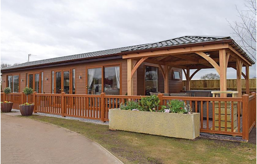 Caistor Lakes Lodges in Fishing Lakes, Lincolnshire