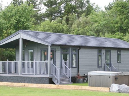 Claywood Retreat Lodges in Darsham, Suffolk