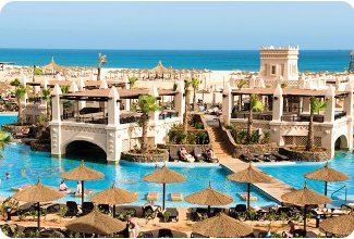 The pool at Riu Touareg