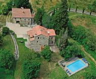 Priello Farmhouse in Tuscany