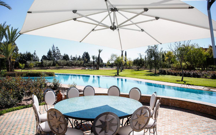 Villa Abbas has its own outdoor pool and large gardens