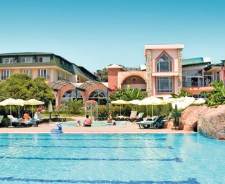 Thomas Cook Maritim Pine Beach Resort in Turkey